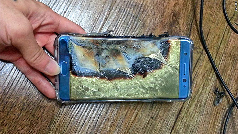 A replacement Note 7 that caught fire on a Southwest Airlines plane